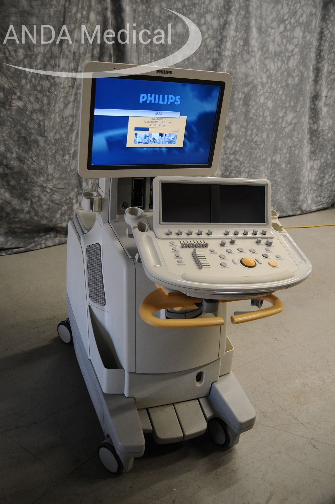 Philips ultrasound device with display